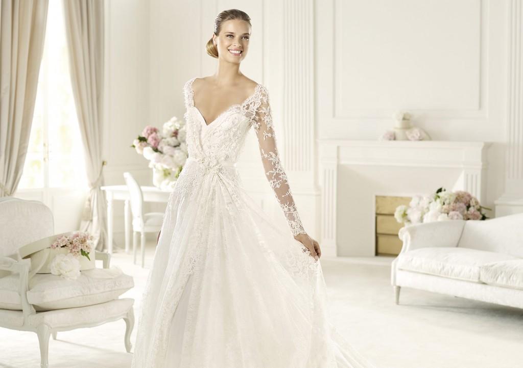 Επιλέξτε_κομψότητα_με_ένα_Pronovias_νυφικό_φόρεμα (8)