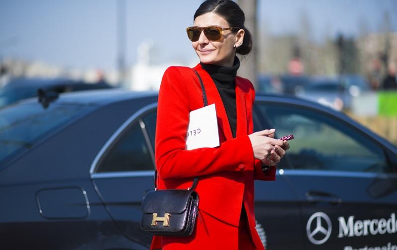 Βάλτε_κόκκινο_στα_πανωφόρια_του_street_fashion_σας (5)