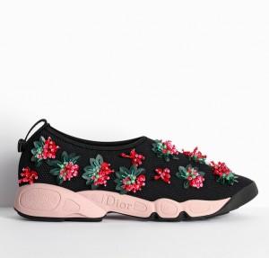 Εκκεντρικά_και_παιχνιδιάρικα_τα_νέα_sport_Dior_παπούτσια (3)