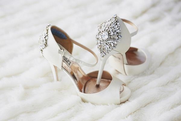 8919e1c8e32 Πως να διαλέξεις τα ιδανικά νυφικά παπούτσια