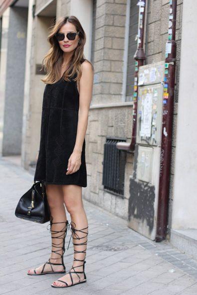 4+1_tres_chic_συνδυασμοί_με_κοντό_μαύρο_φόρεμα (6)