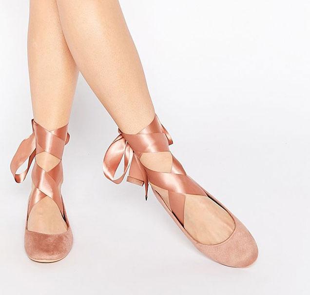 0d3e3949c18 Αυτά_είναι_τα_must-have_παπούτσια_για_το_φθινόπωρο (3)
