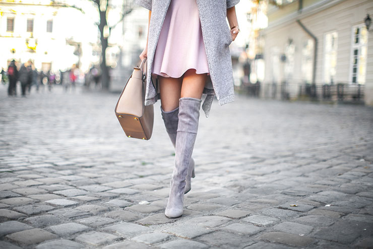 over_the_knee_boots_%cf%84%ce%b1_%ce%b1%ce%b3%ce%b1%cf%80%ce%b7%ce%bc%ce%ad%ce%bd%ce%b1_%ce%bc%ce%b1%cf%82_streetwear_outfits-2