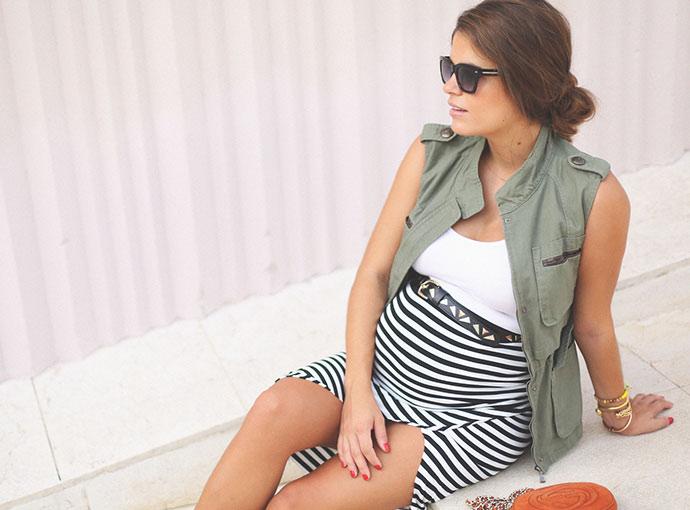 Ριγέ ρούχα εγκυμοσύνης: ιδανικά για κάθε εμφάνιση