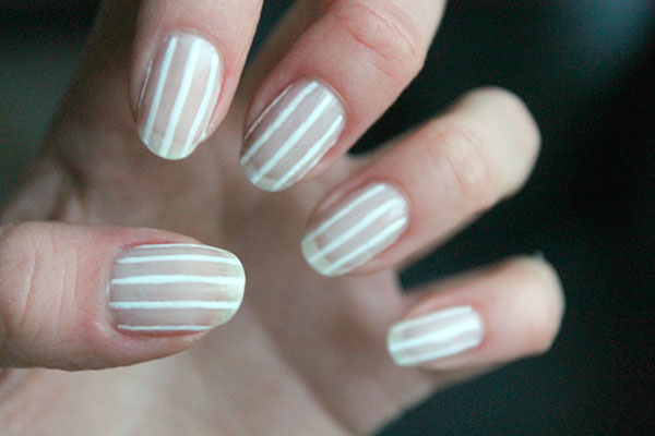5 ιδέες για σχέδια στα νύχια με minimal στυλ