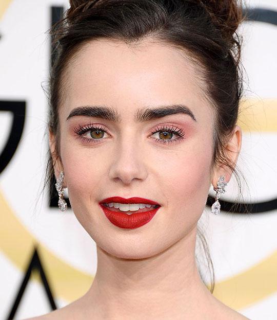 Ροζ σκιά ματιών: η ρομαντική πινελιά στο μακιγιάζ σας