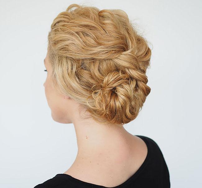 5+1 χτενίσματα για σγουρά μαλλιά που πρέπει να δοκιμάσετε
