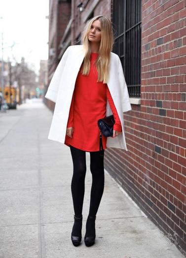 Κόκκινο χρώμα στα ρούχα και φέτος κυρίαρχος στο street fashion