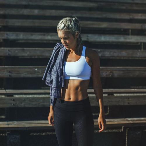 Video με τις καλύτερες ασκήσεις για επίπεδη κοιλιά