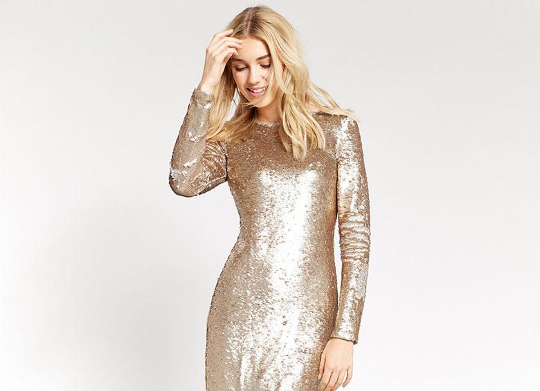 5 φορέματα για τις γιορτές που θα κλέψουν τις εντυπώσεις