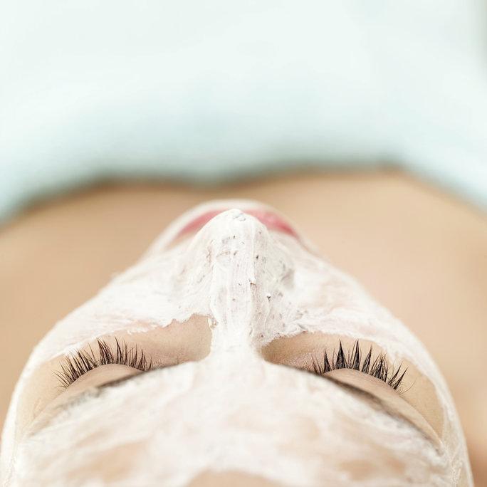 Μάσκες νυκτός: η νέα τάση στην περιποίηση προσώπου