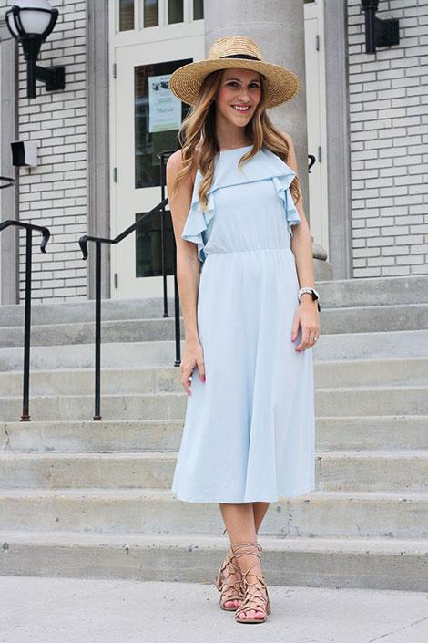 Φορέματα με βολάν: η πιο girly τάση του καλοκαιριού