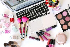 Πότε λήγουν τα καλλυντικά: όσα πρέπει να γνωρίζετε