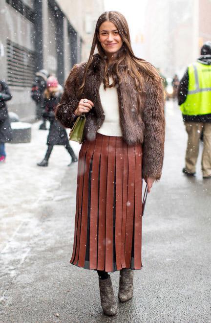 Πως να φορέσω μακριά φούστα το χειμώνα: όλα τα style tips