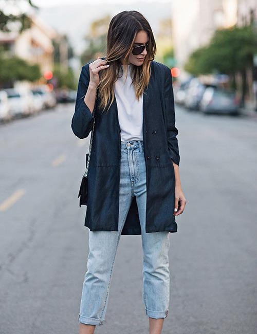Mom jeans συνδυασμοί που ταιριάζουν σε όλες μας