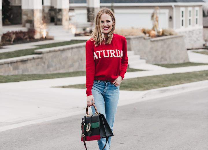 356880effaf0 Οι mom jeans συνδυασμοί είναι ιδανικοί για στυλάτες εμφανίσεις και casual  ντύσιμο που ξεχωρίζει κάθε εποχή.